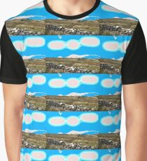 STONE WALL Graphic T-Shirt
