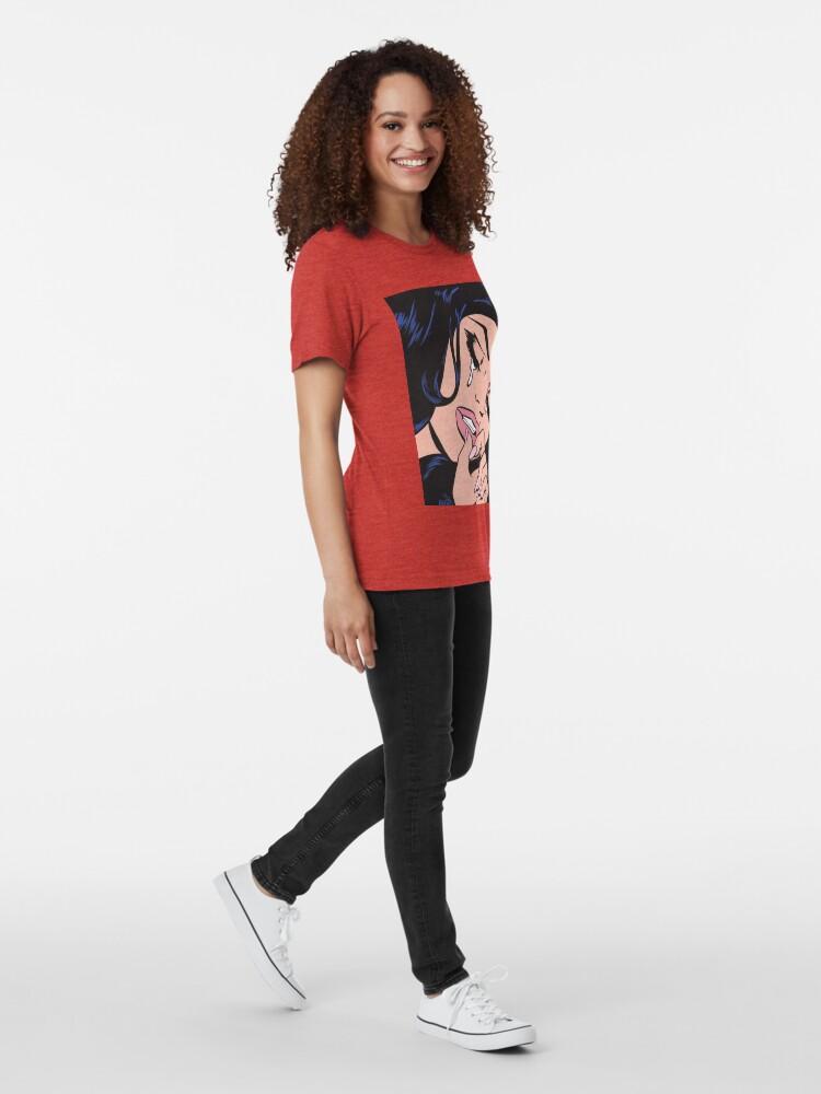 T-shirt chiné ''Cheveux noirs pleurer Comic Girl': autre vue
