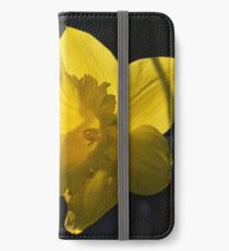 Daffodil iPhone Wallet