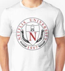 Netflix Universität Slim Fit T-Shirt