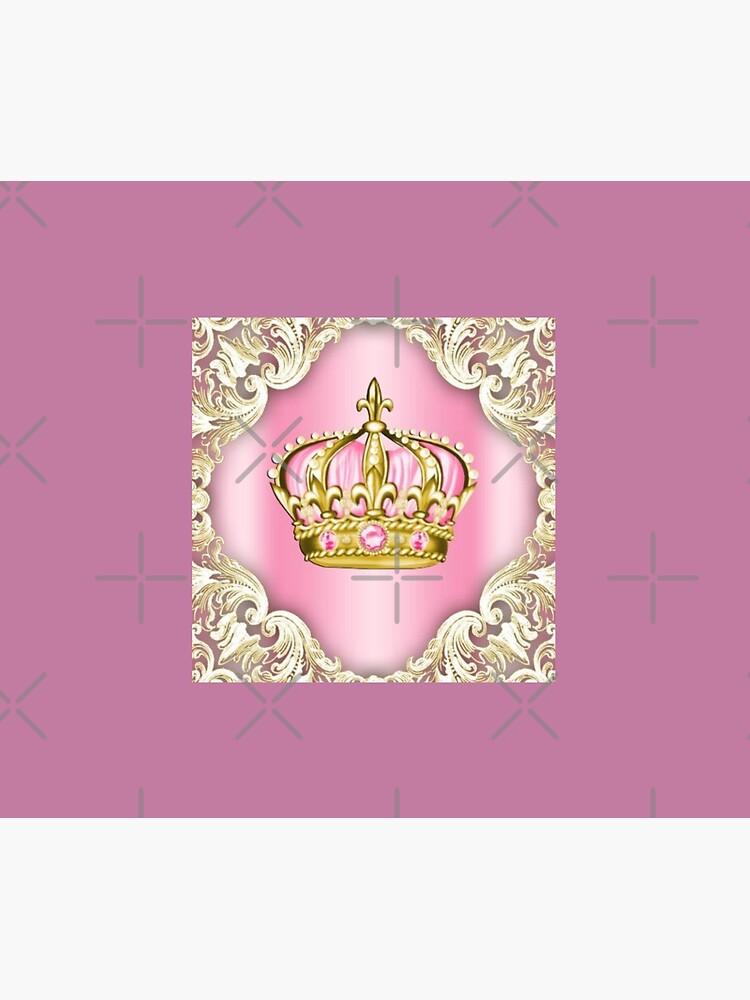 Gold crown by Apolonija