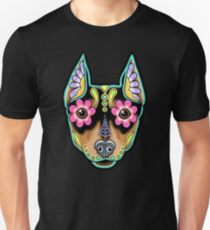 Min Pin Day of the Dead Miniature Doberman Pinscher Sugar Skull Dog T-Shirt