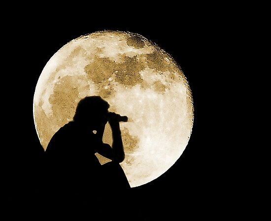 The Moon is full tonight by Anthony Hedger Photography