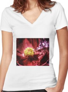 vivid red flower macro with pollen Women's Fitted V-Neck T-Shirt