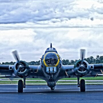 B-17G WW2 Bomber by doorfrontphotos