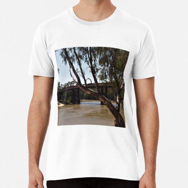 Bridge across the Murray at Echuca VIC Premium T-Shirt