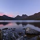 Dove Lake Sunrise by Kylie Reid