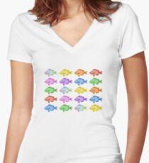 Camiseta entallada de cuello en V Peces multicolores