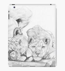 Feline love iPad Case/Skin