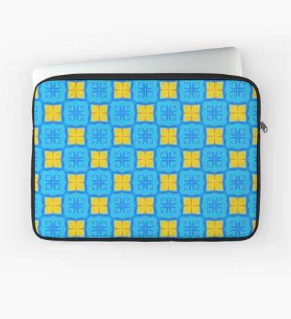 Yellow Blue DeepDream Pattern Laptop Sleeve