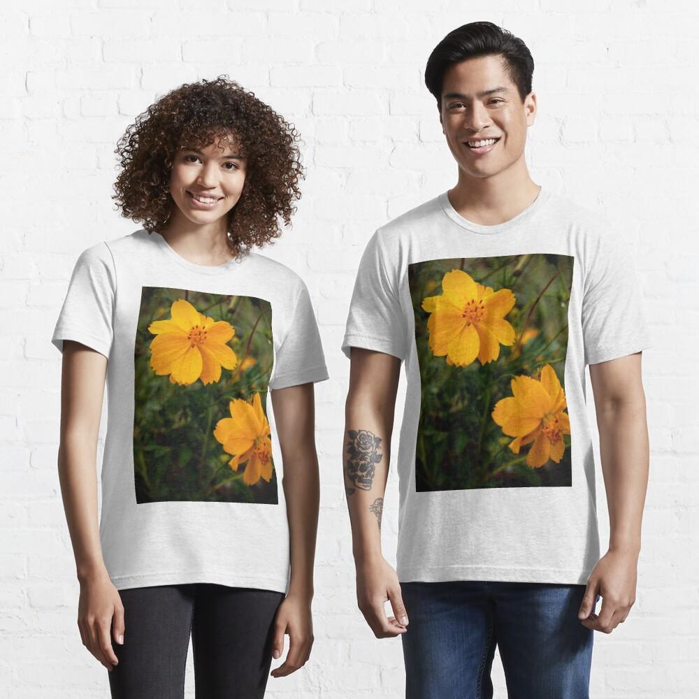 Golden Coreopsis Essential T-Shirt