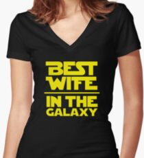 Best Wife in the Galaxy Women's Fitted V-Neck T-Shirt