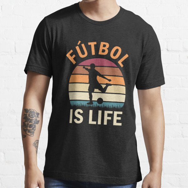 Fútbol Is Life Football and Soccer Lover Vintage Retro Sunset Essential T-Shirt