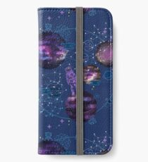 Astronaut Lost in Space iPhone Wallet/Case/Skin