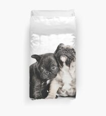 Love triangle Duvet Cover