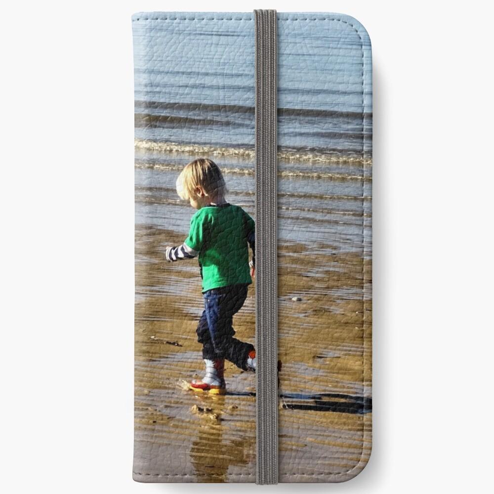 Shore run iPhone Wallet