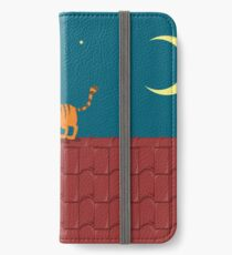 Cat on the roof iPhone Wallet/Case/Skin