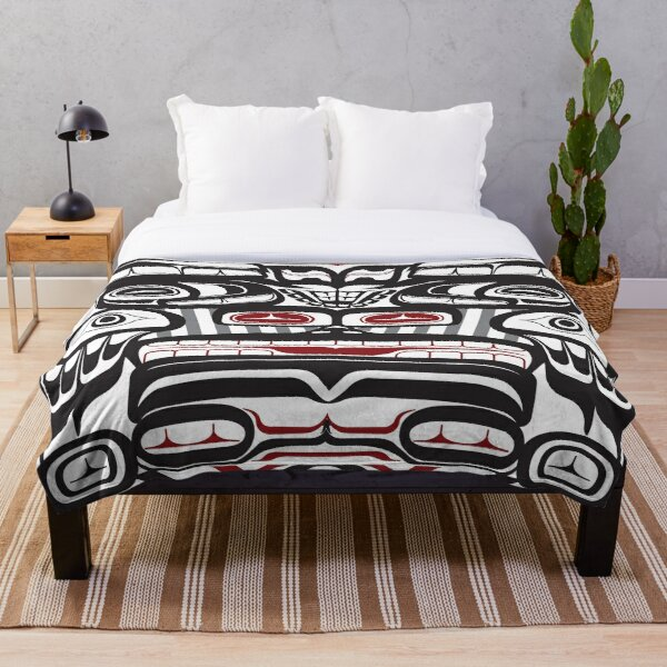 Thunderbird Bear Orca Totem Pole, coastal Salish Haida pacific north west formline design native american Throw Blanket
