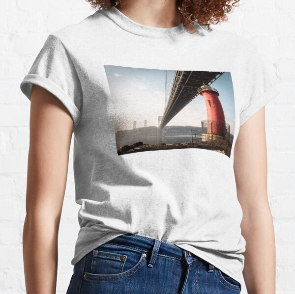 Little Red Lighthouse on a foggy morning Classic T-Shirt