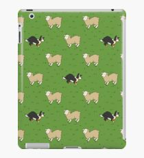 Come Bye - Tri-color dog and white sheep iPad Case/Skin
