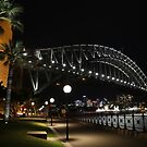 Sydney Harbour Bridge @ night by norgan