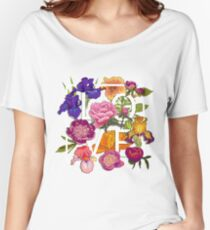Floral Love Graphic Design Women's Relaxed Fit T-Shirt