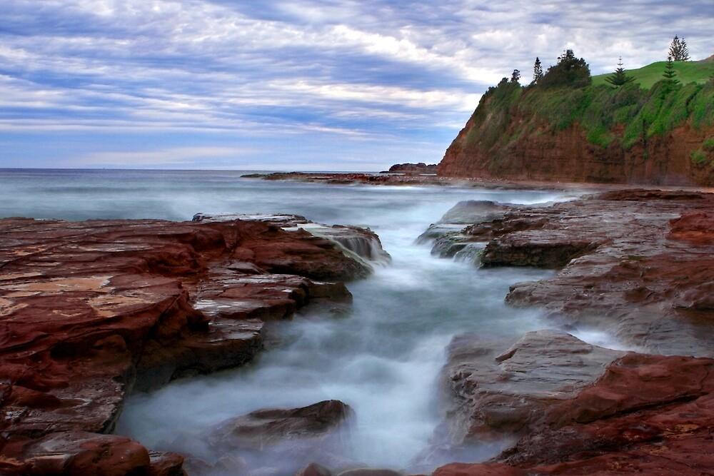 Rock Pool by Ken Boxsell