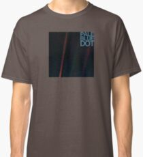 Pale Blue Dot  ( Earth from voyager ) Classic T-Shirt