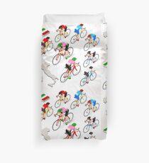 Cyclists Giro Italia Duvet Cover
