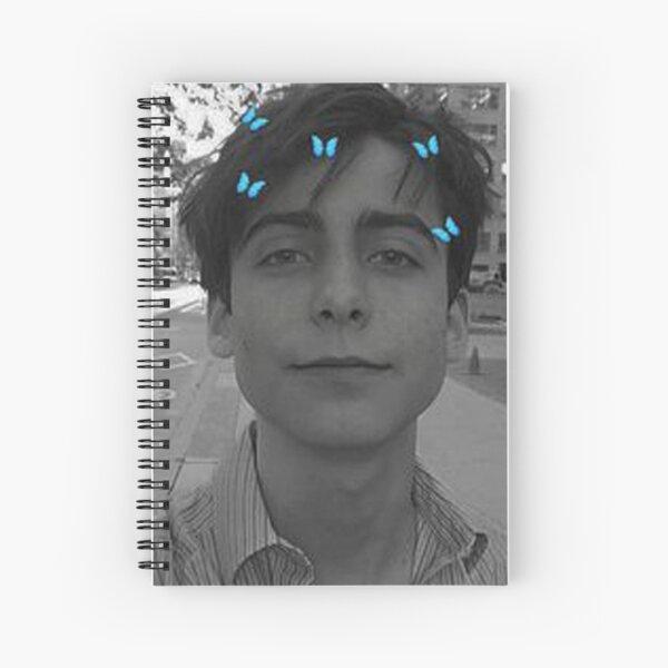 Aidan Gallagher  Cuaderno de espiral