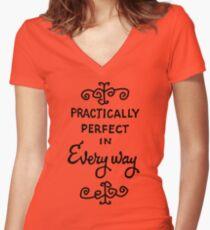 praktisch perfekt Tailliertes T-Shirt mit V-Ausschnitt