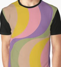 Large Seventies zigzag rainbow waves Graphic T-Shirt