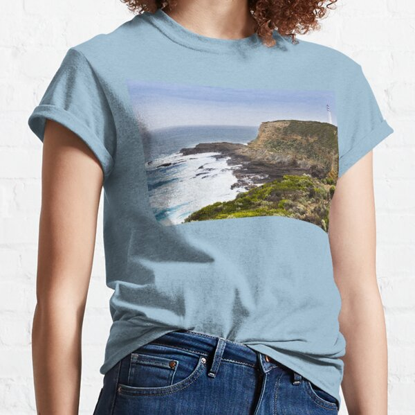 Cape Nelson Lighthouse overlloks rugged Australian coast line Classic T-Shirt