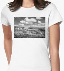 Donegal Scene Women's Fitted T-Shirt