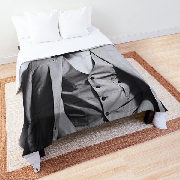 Ji Hoo Comforter