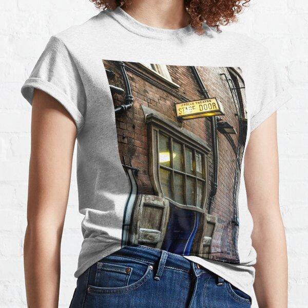 stage door Classic T-Shirt