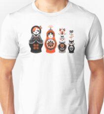 Russian Nesting Dolls – Red & Black Unisex T-Shirt