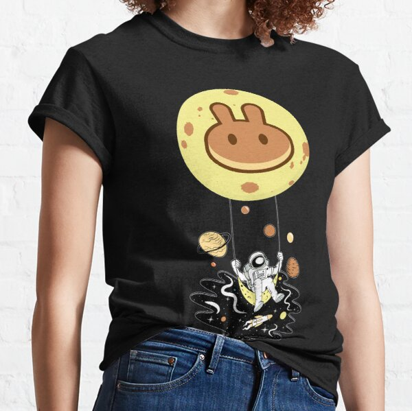 PancakeSwap to the Moon - this is a great gift for every PancakeSwap cryptocurrency investor Classic T-Shirt
