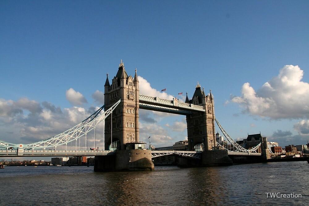 London Bridge by TWCreation