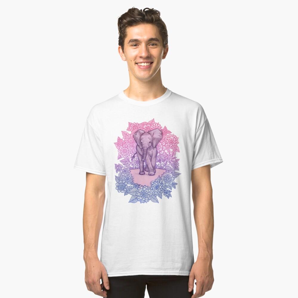 Niedlicher Baby-Elefant in rosa, lila und blau Classic T-Shirt