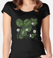 Cloverleaf - acrylic painting Women's Fitted Scoop T-Shirt