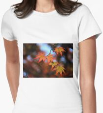 Leaf dance Women's Fitted T-Shirt