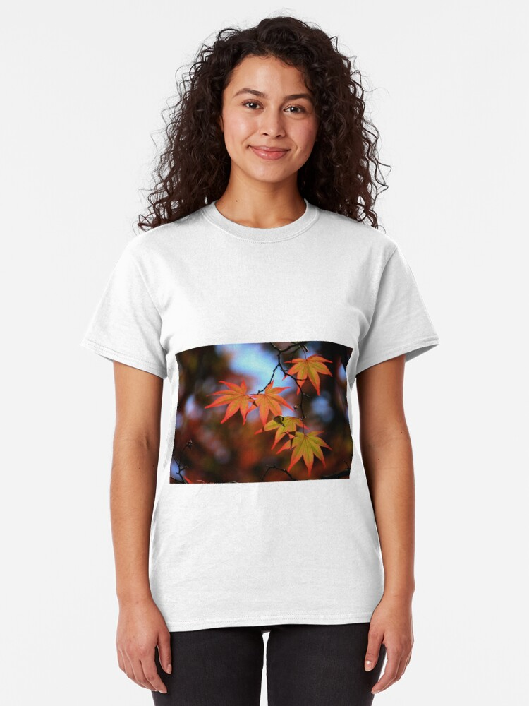 Alternate view of Leaf dance Classic T-Shirt