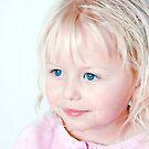 Blue eyes by wendywoo1972