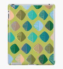 green diamonds iPad Case/Skin