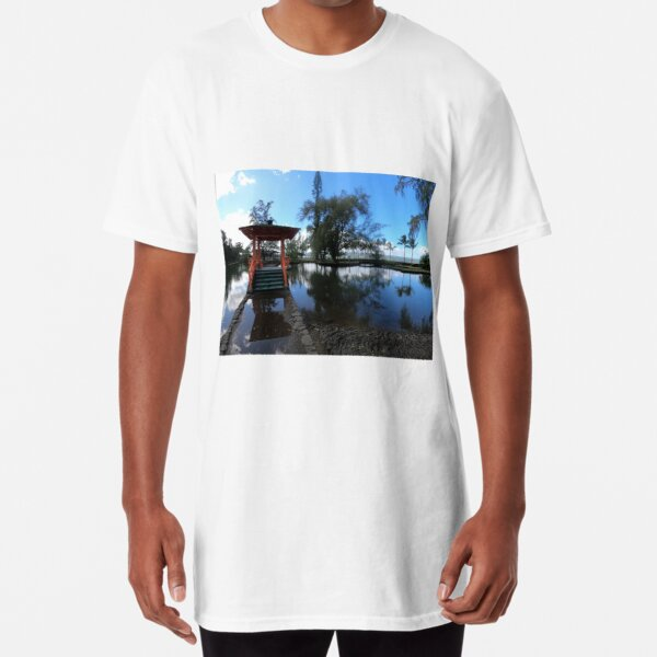 Lili'uokalani Park and Gardens Long T-Shirt