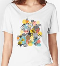 The bee Women's Relaxed Fit T-Shirt