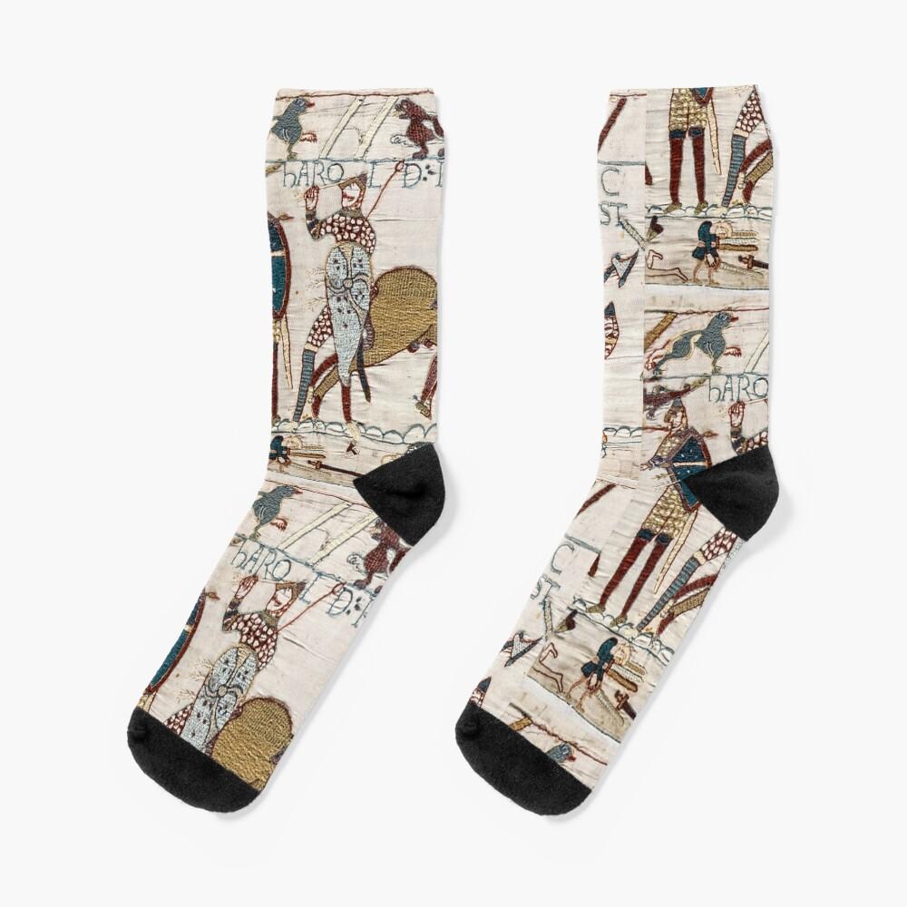 Bayeux Tapestry. King Harold is killed. Arrow in eye. Socks
