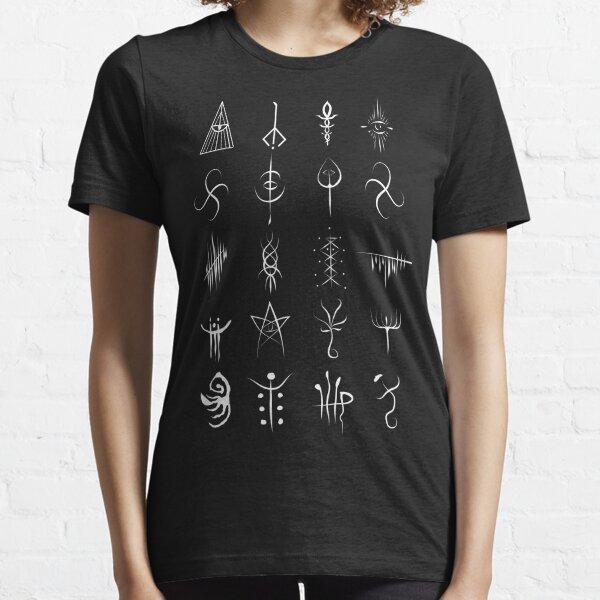 Bloodborne caryll runes  Essential T-Shirt