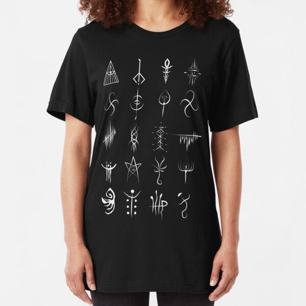 Bloodborne caryll runes  Slim Fit T-Shirt
